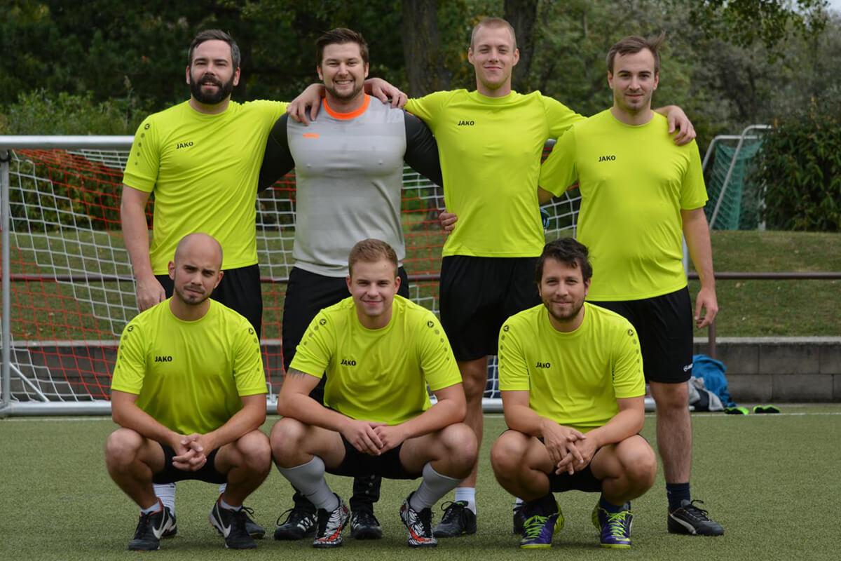 Mannschaftsfoto - FK Kstrand - FFBÖ Kleinfeldliga Wien Süd