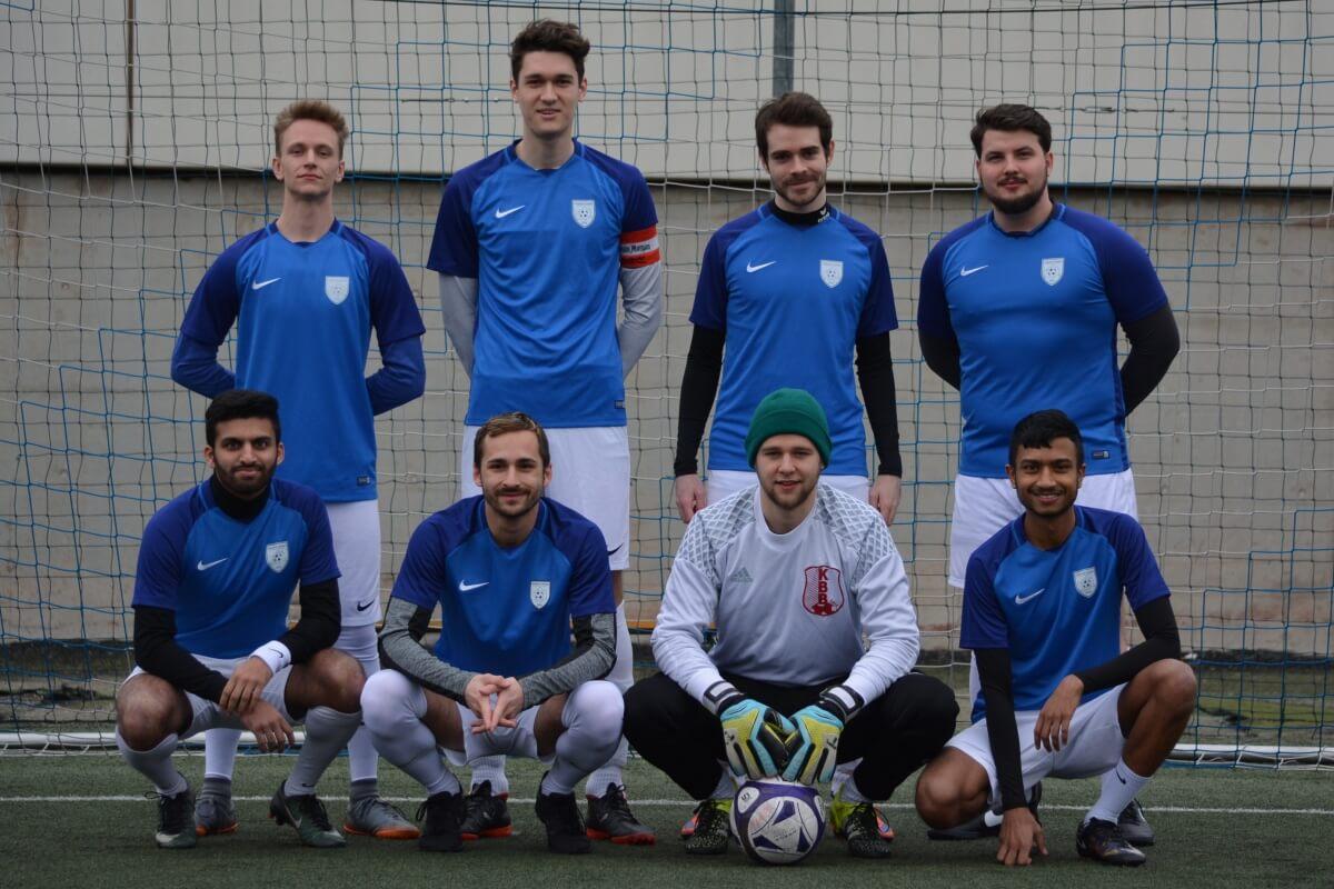 Mannschaftsfoto - Lequipe Vienne - FFBÖ Kleinfeldliga Wien
