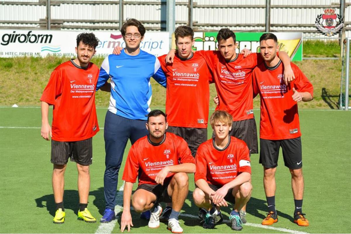 Mannschaftsfoto - FC Sacklpicker - FFBÖ Kleinfeldliga Wien Mitte
