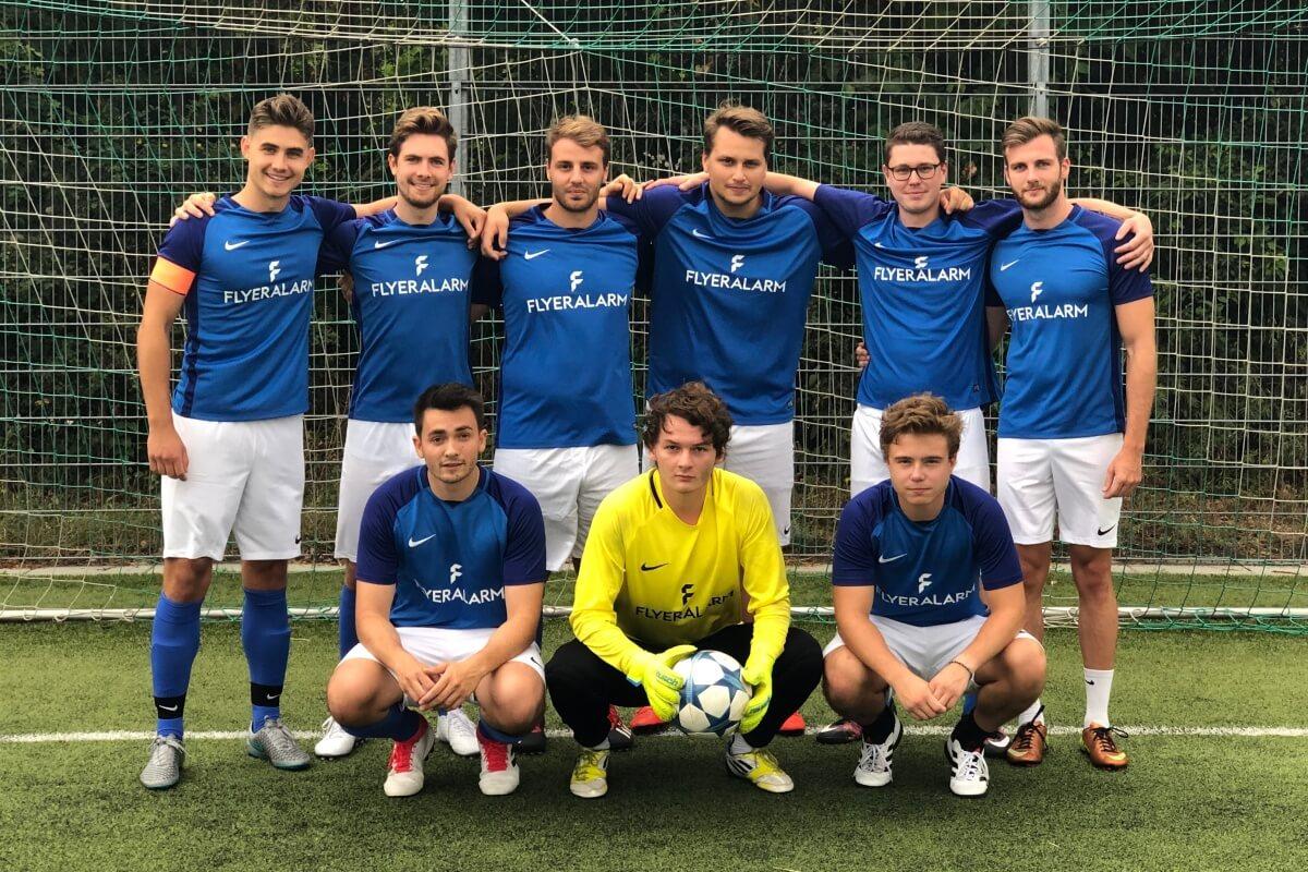 Mannschaftsfoto FC Maria Geburt FFBÖ Kleinfeldliga Wien